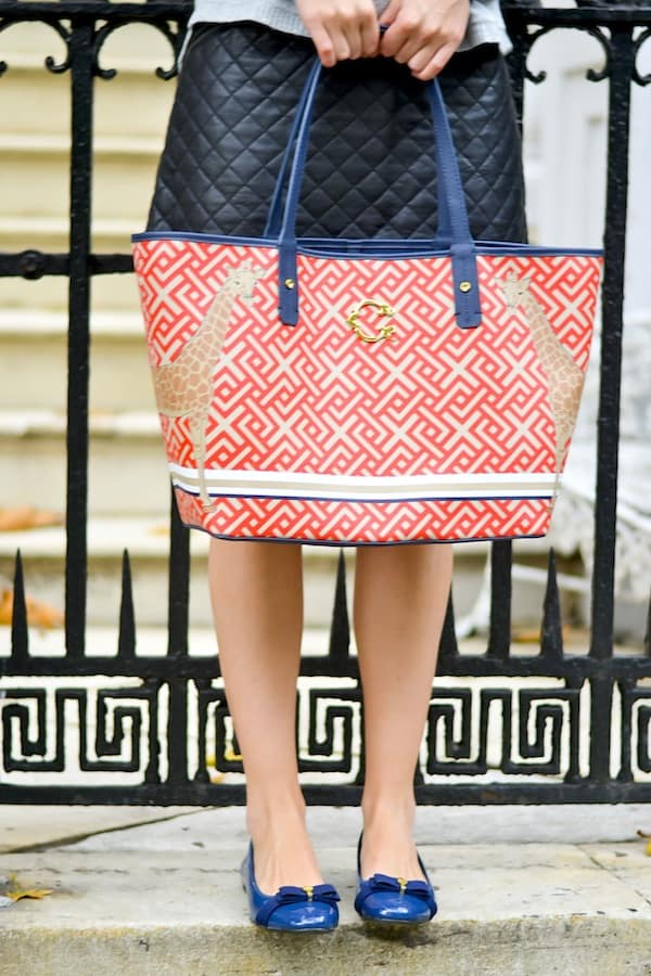 C Wonder printed signature tote