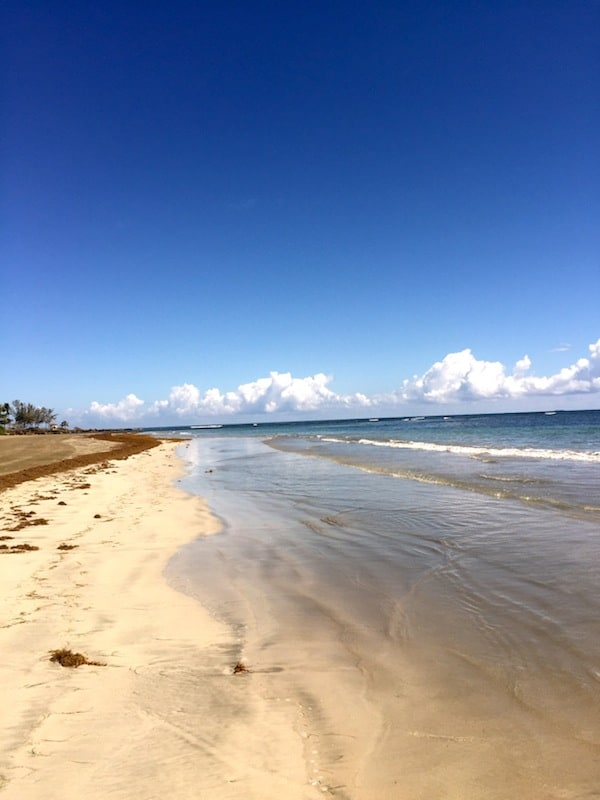 Dorado Beach Puerto Rico - what to wear at a beach wedding