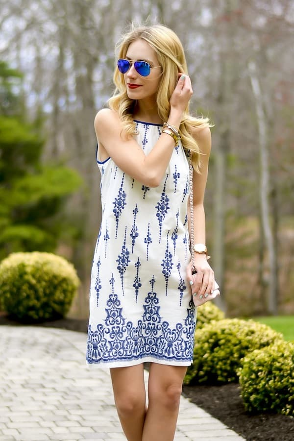 Taylor Dresses Embroidered Shift Dress