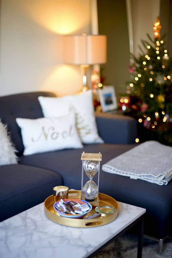 Katie's Bliss Apartment Holiday Decor