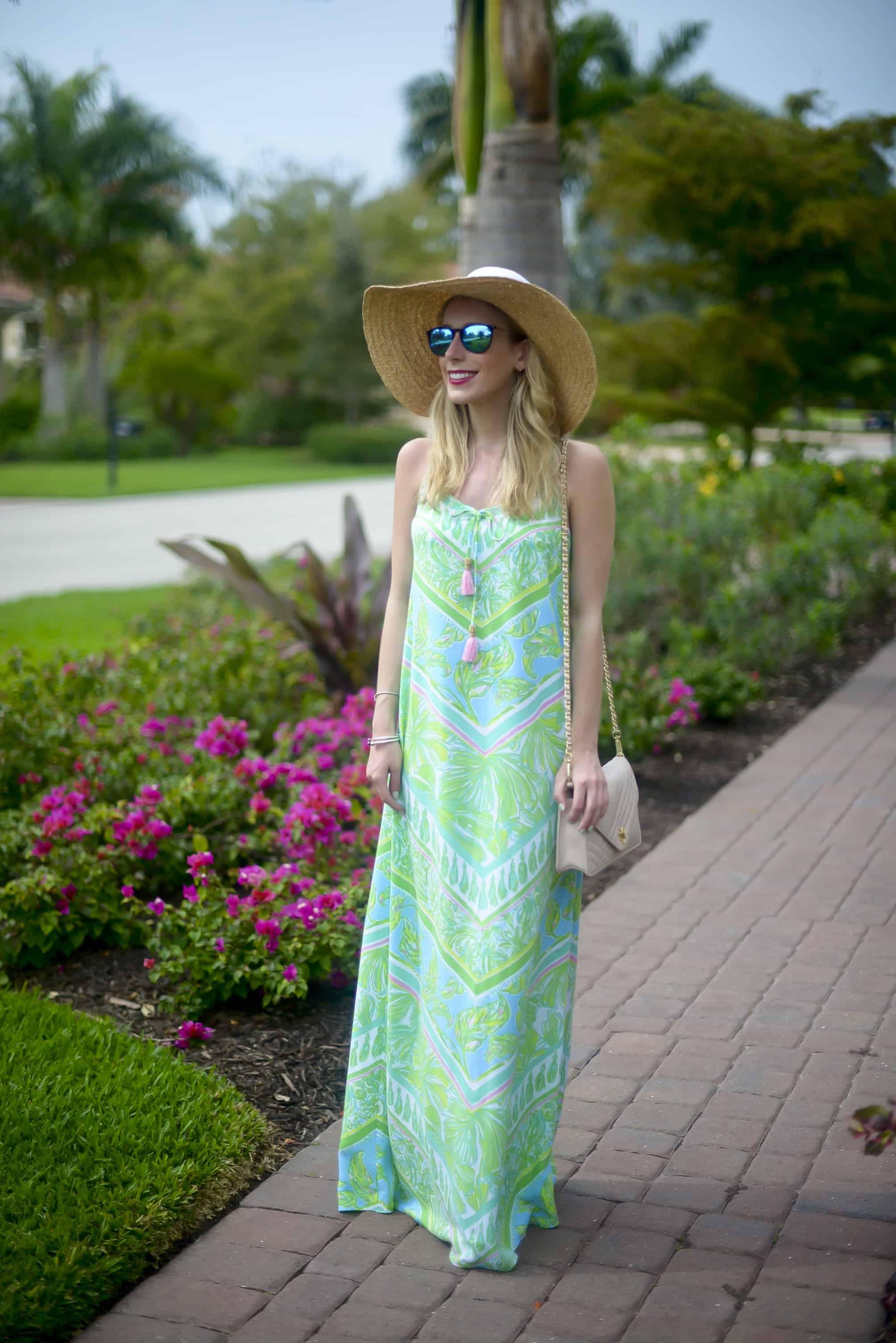 Lilly Isla V-Neck Maxi Dress