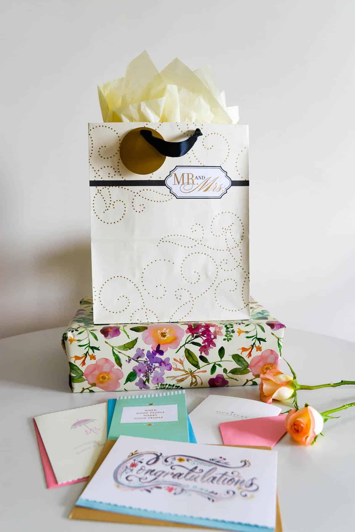Wedding Gift Ideas Hallmark : Wedding Gift