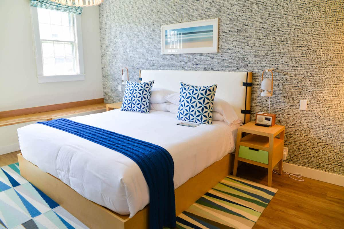 Summercamp Hotel Oak Bluffs Marthas Vineyard