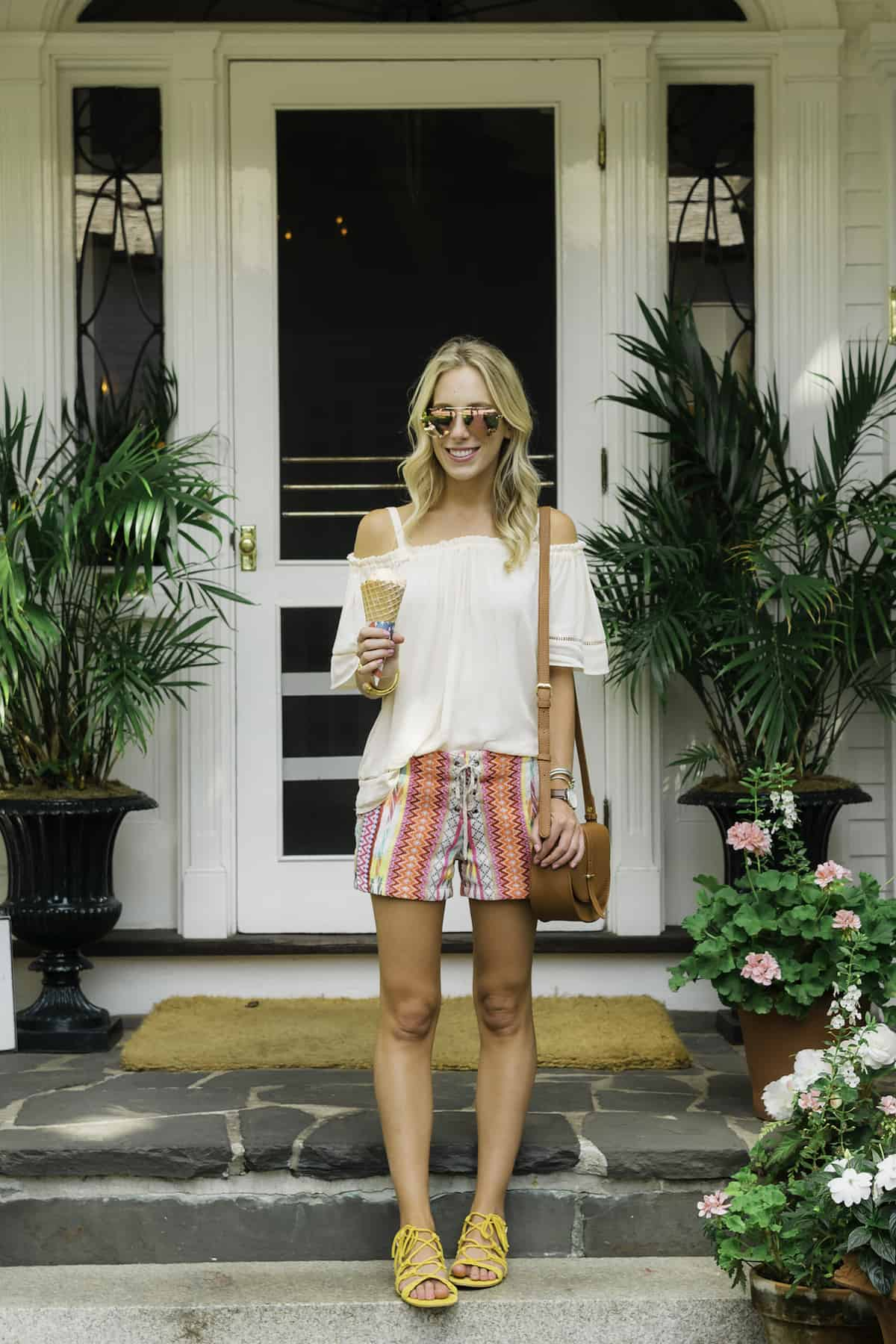 Willow and Clay Embroidered Shorts
