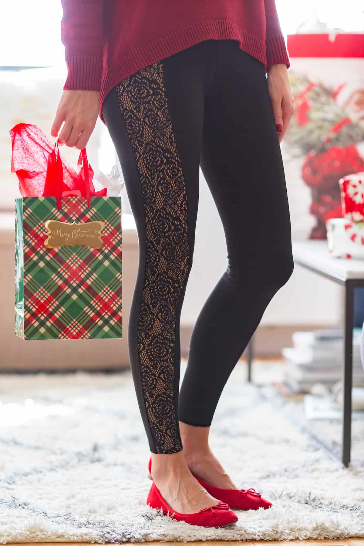 Express Lace Leggings