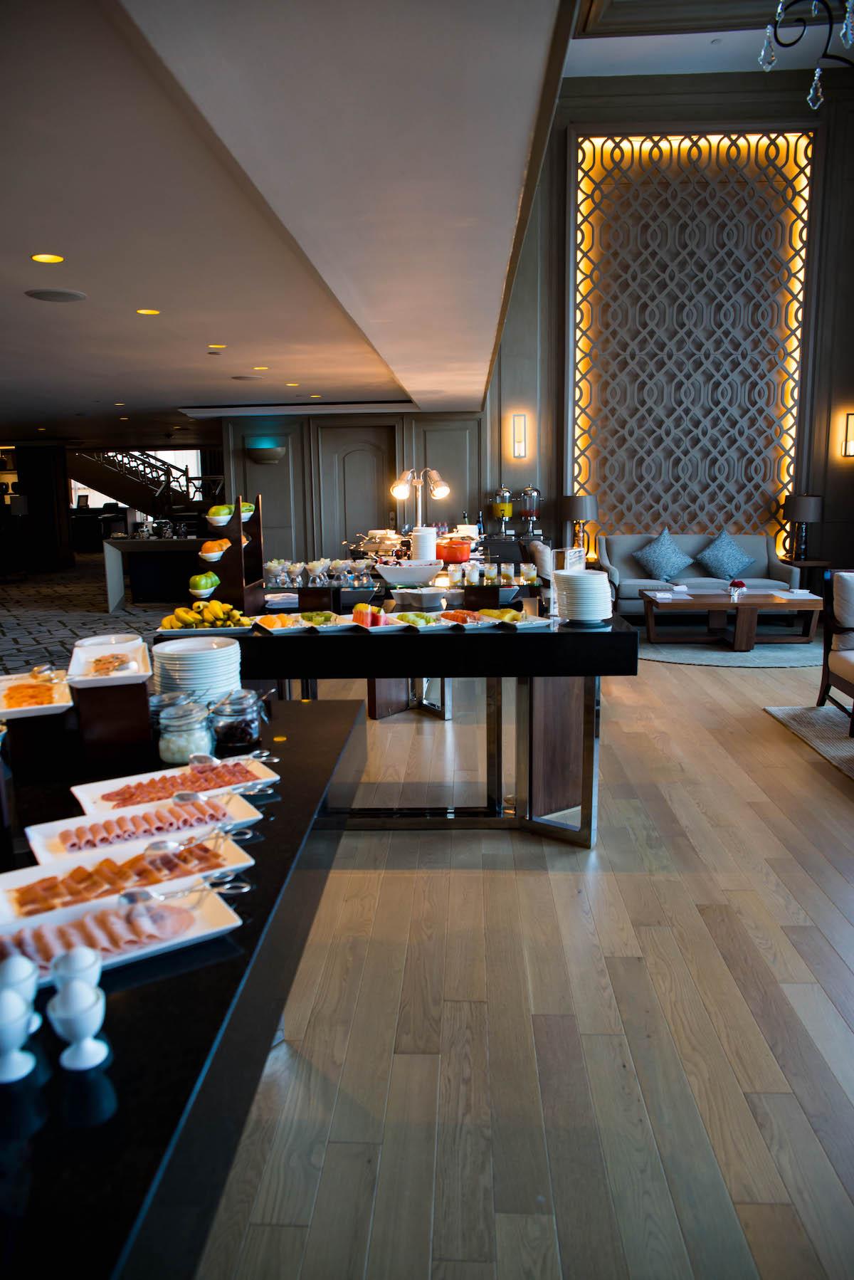 The Ritz-Carlton Cancun Club Lounge