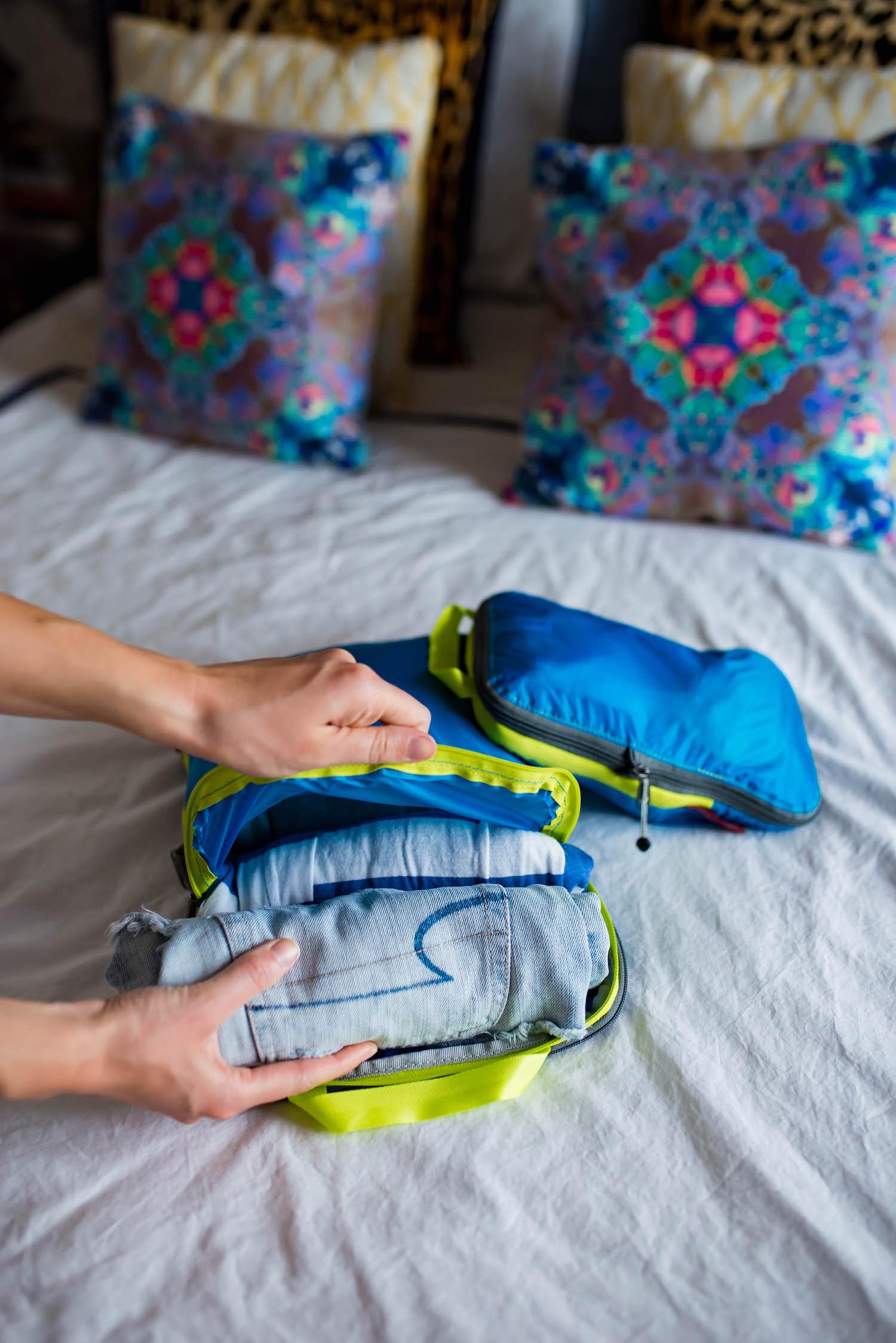 Eagle Creek Compression Travel Bags