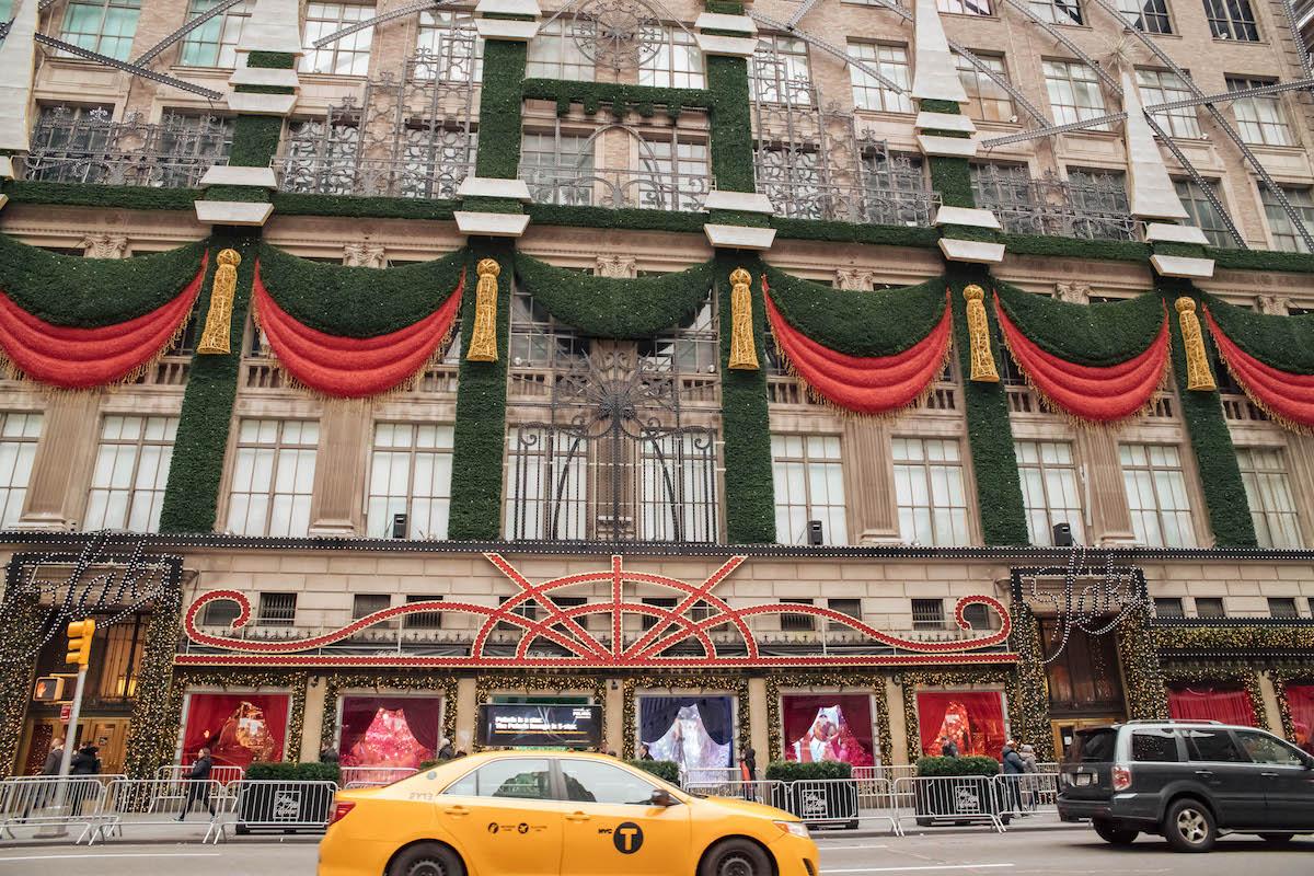 Saks Fifth Avenue New York Holiday Windows