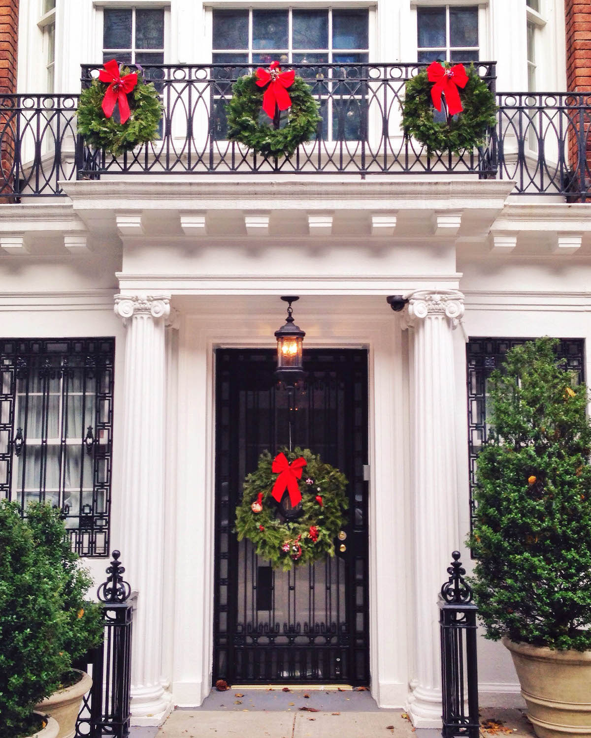 Upper East Side Christmas Decorations | New York City Holiday Guide