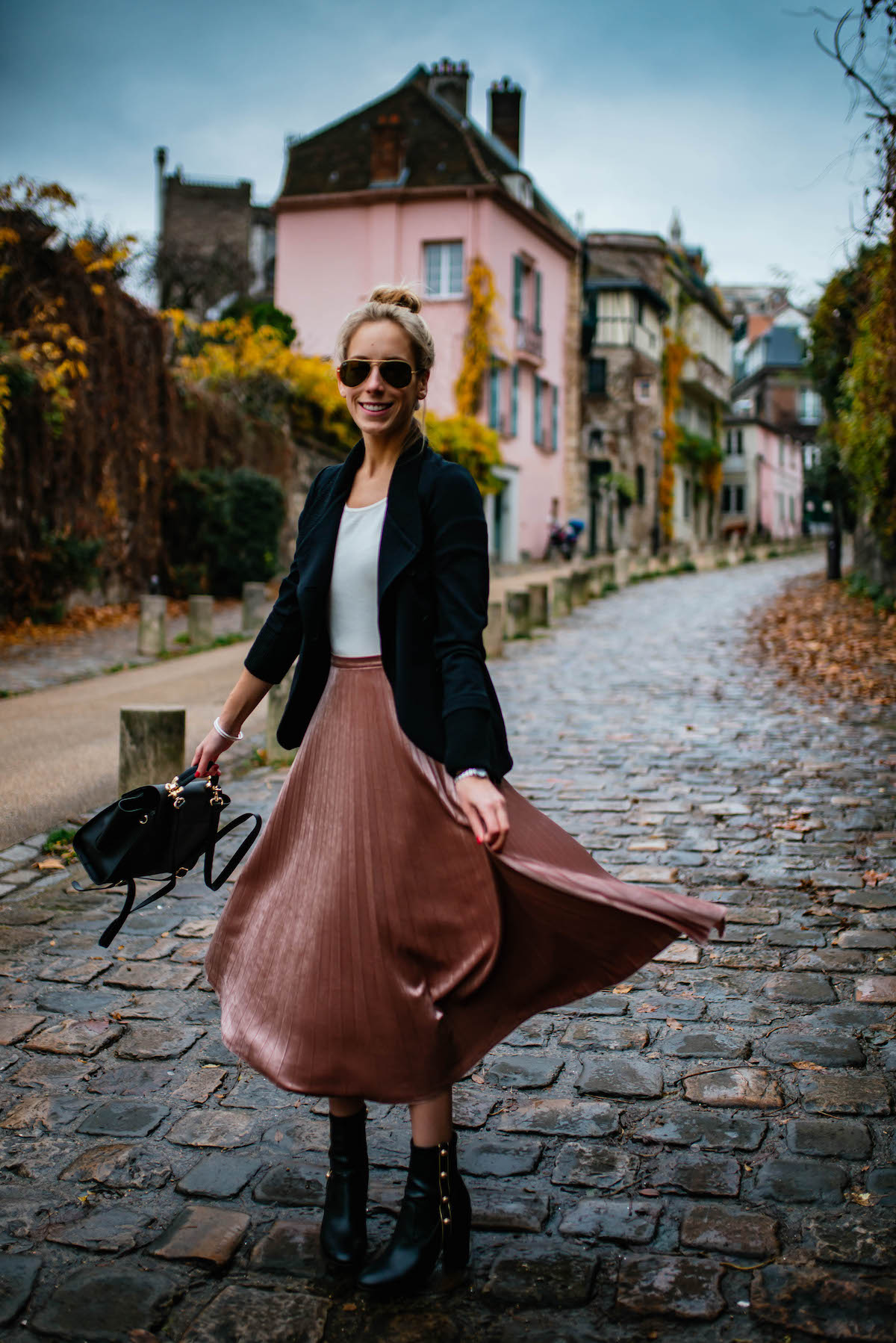 Pleated Metallic Skirt Montmartre Paris