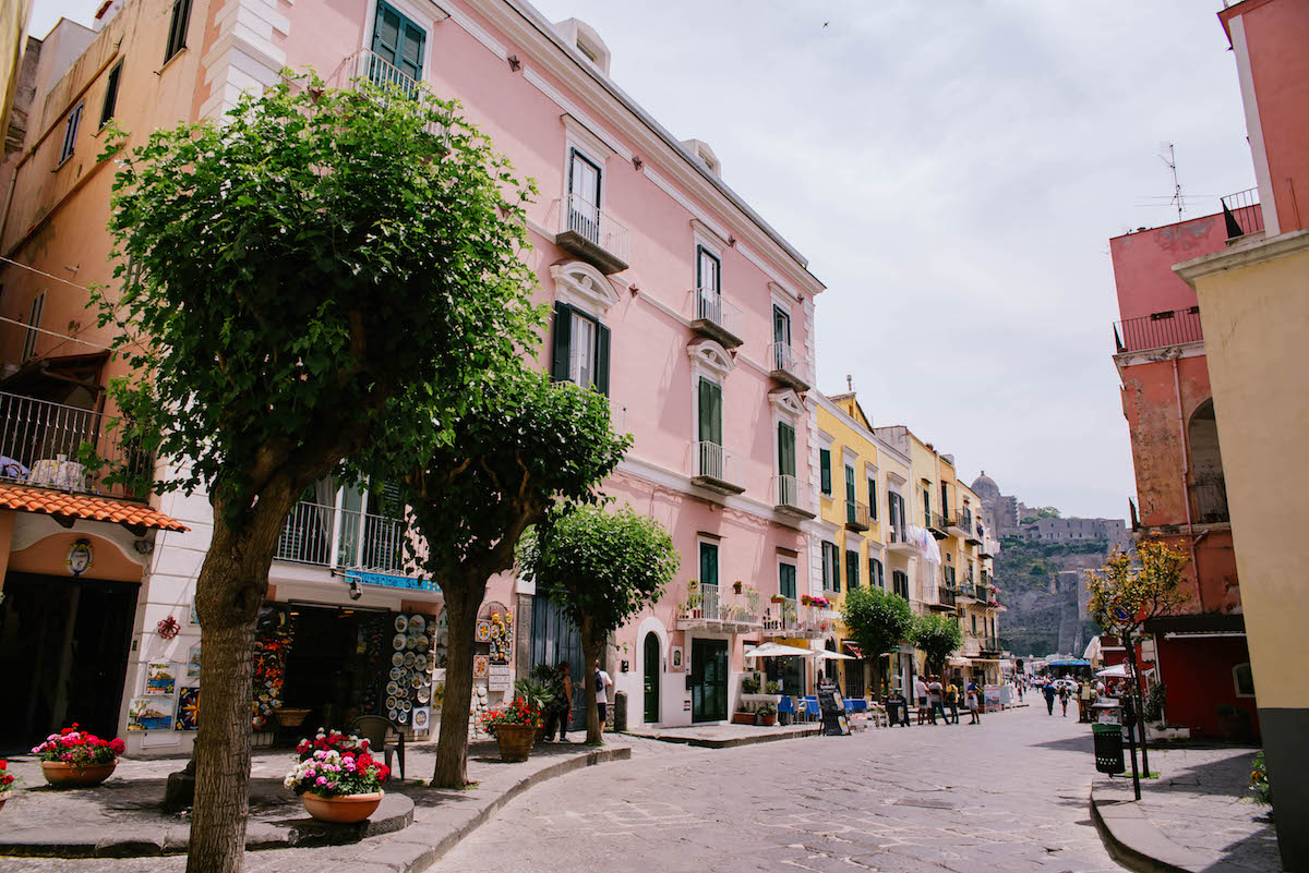 7 Day Amalfi Coast Itinerary & Travel Guide