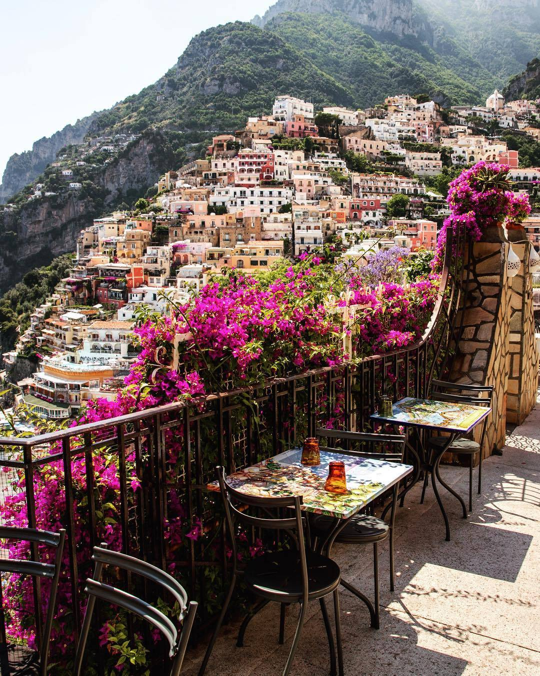 The Best Places To Get Drinks In Positano