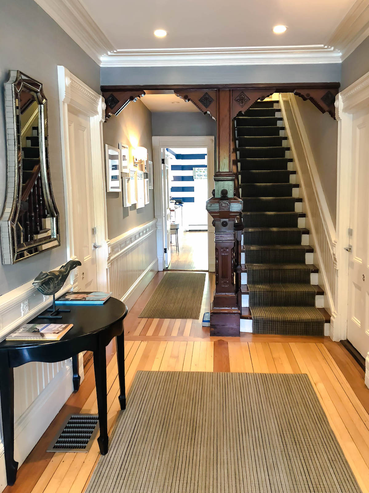 76 Main Nantucket Hotel
