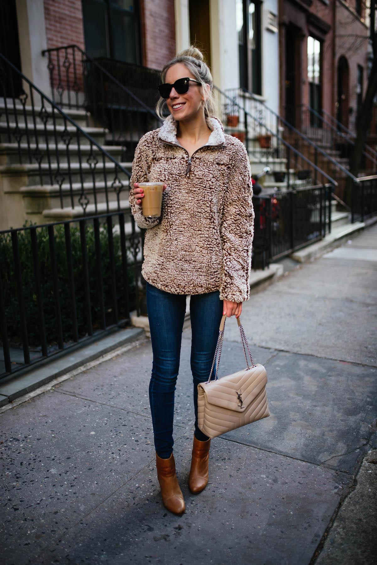 15faf1c19c2bd What To Wear To New York City In Winter (  At The Holidays ...