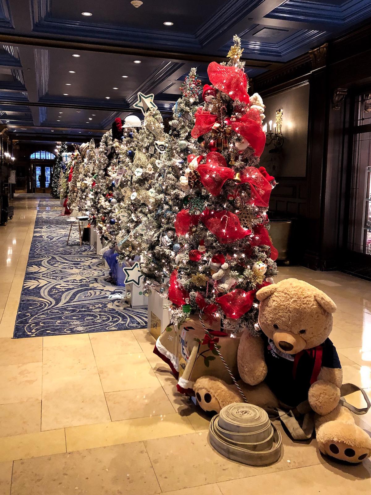 Fairmont Le Château Frontenac Hotel Christmas Decorations
