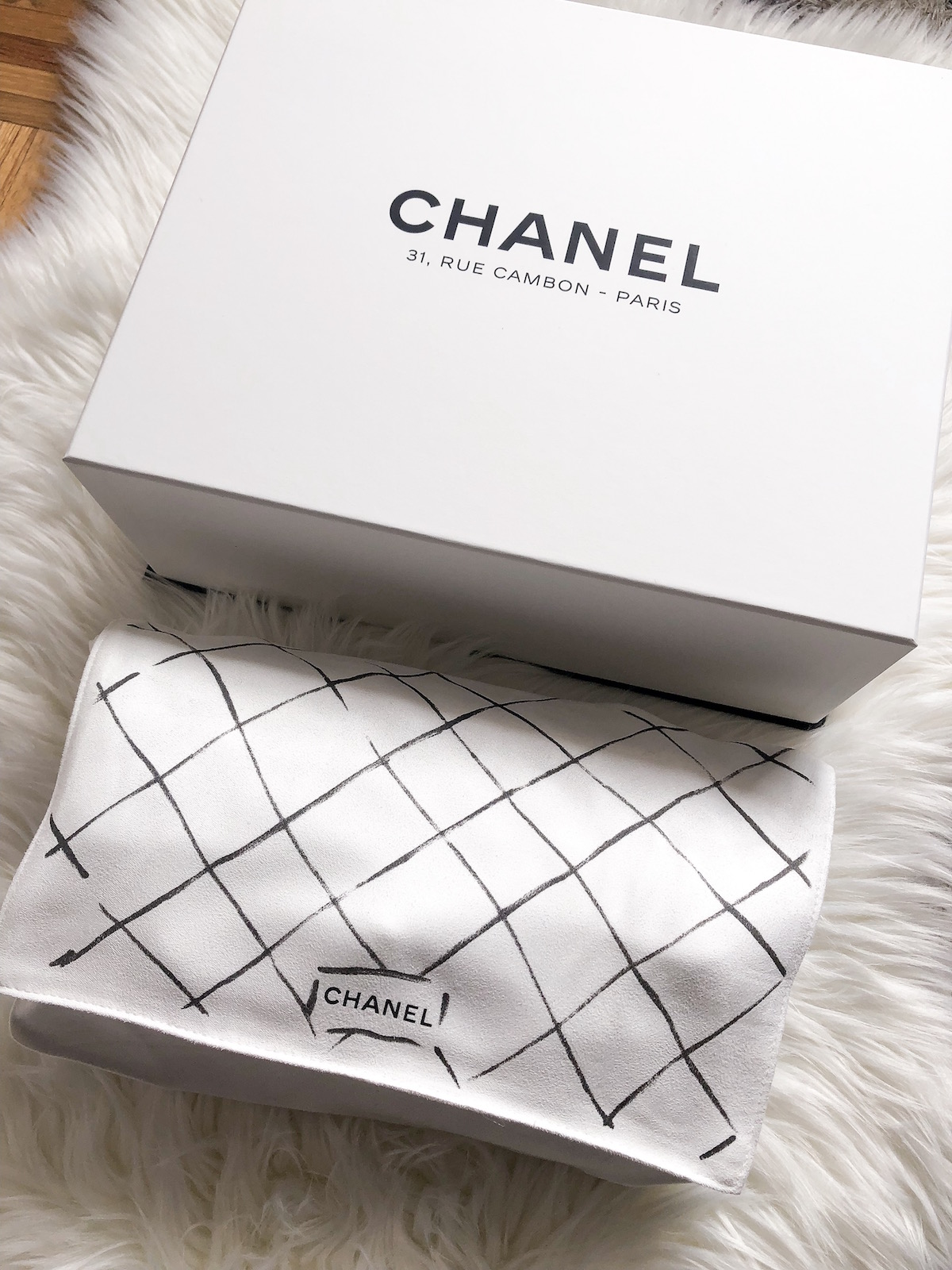 CHANEL Classic Medium Flap Bag Black