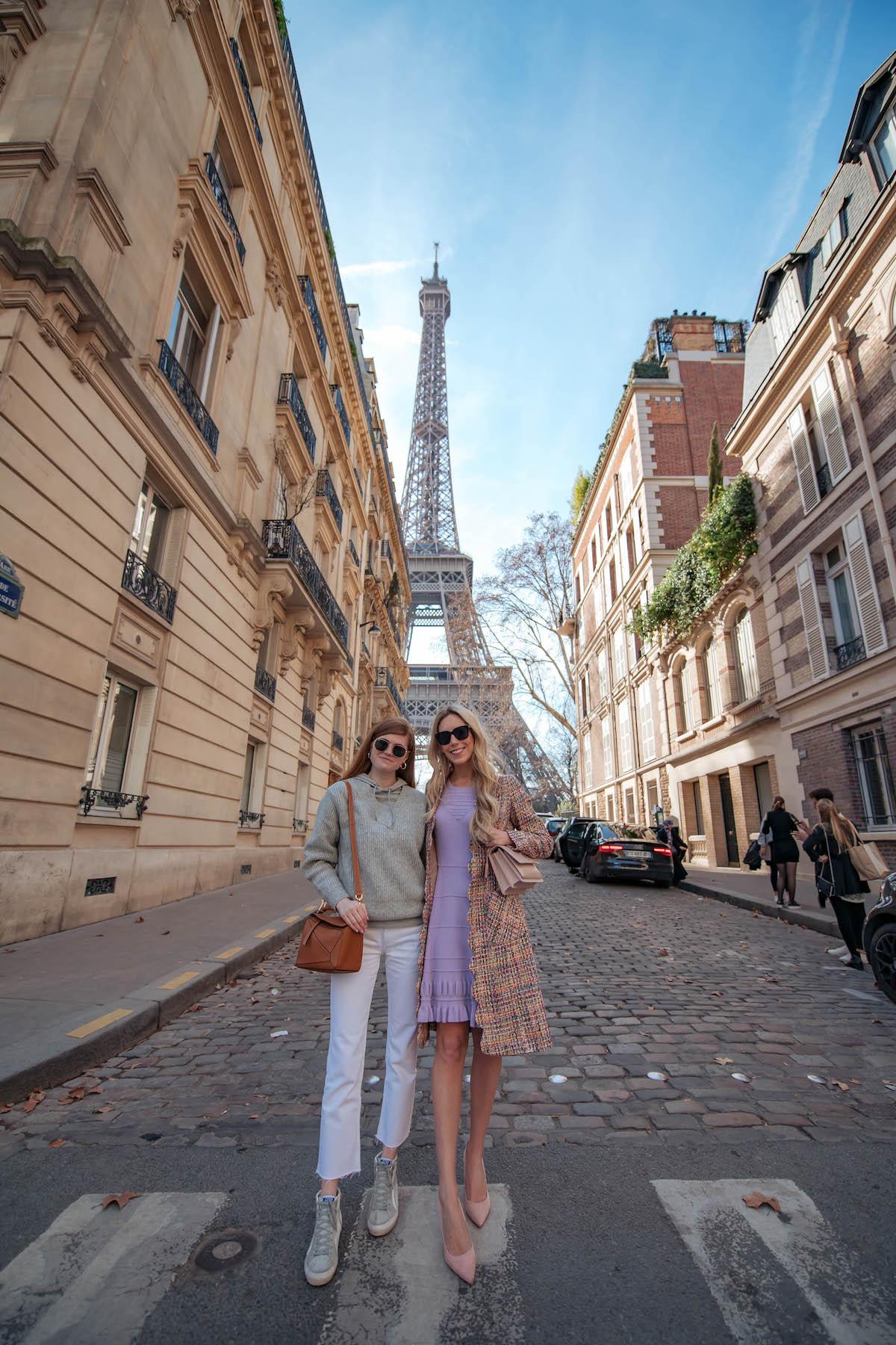 Eiffel Tower Rue de la Universidad