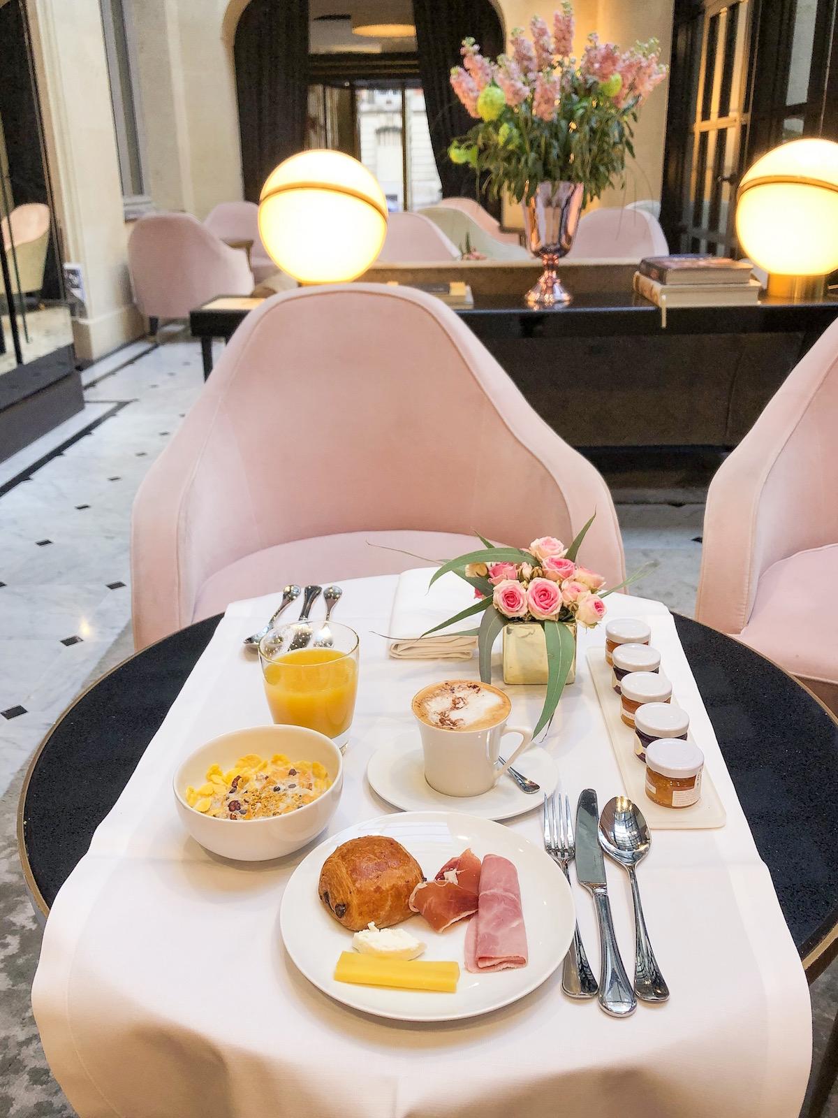 Le Narcisse Blanc Hotel Spa Paris