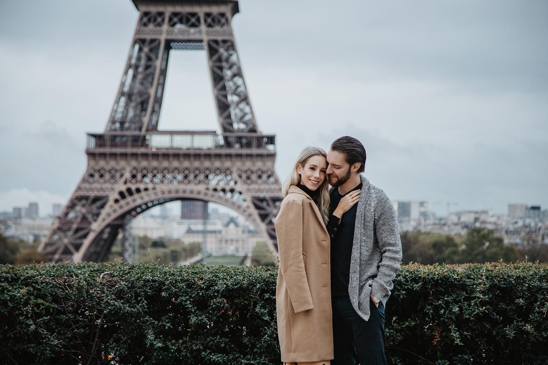Eiffel Tower Couple Photography