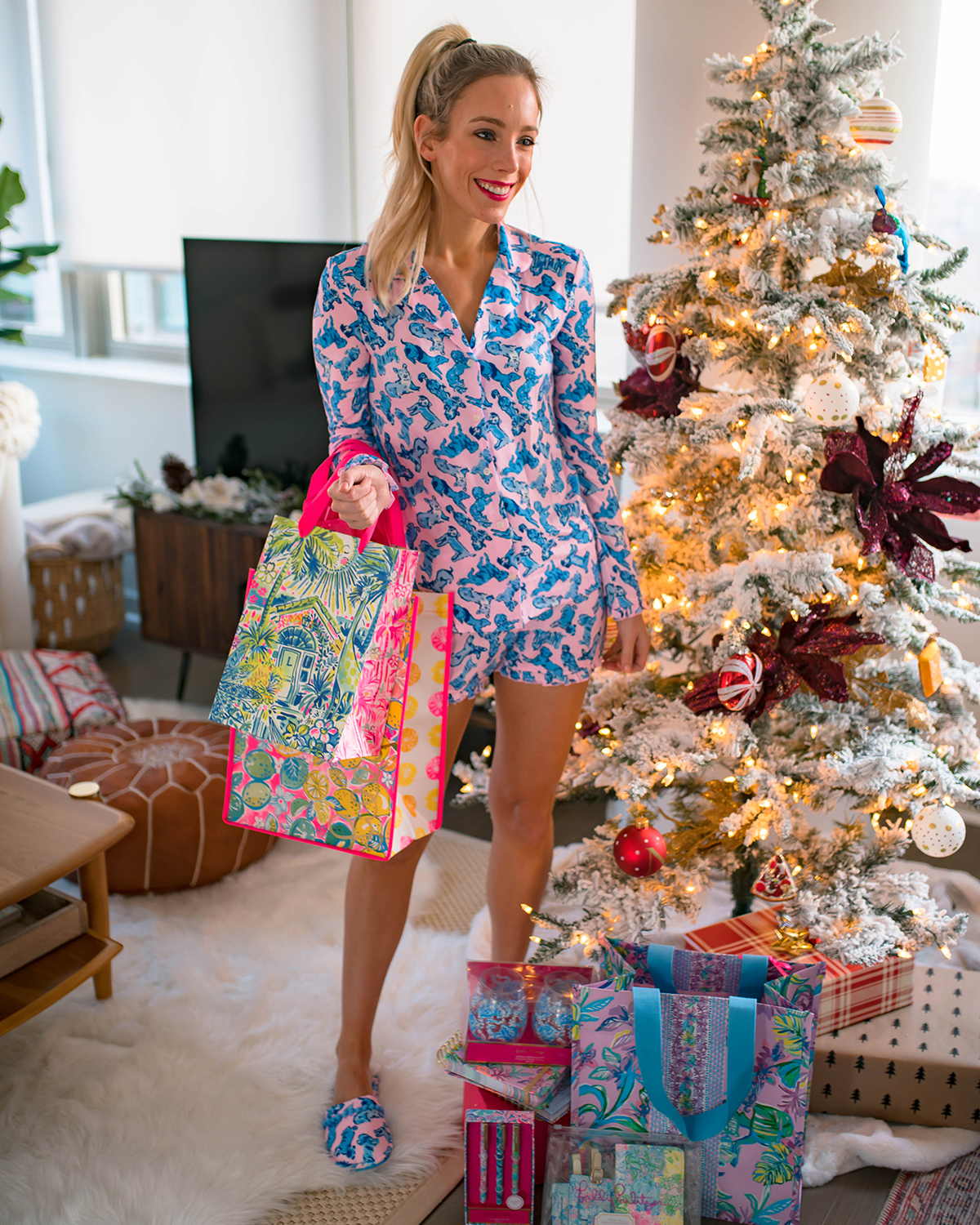 Lilly Pulitzer Ruff Night Dog Print PJ Set