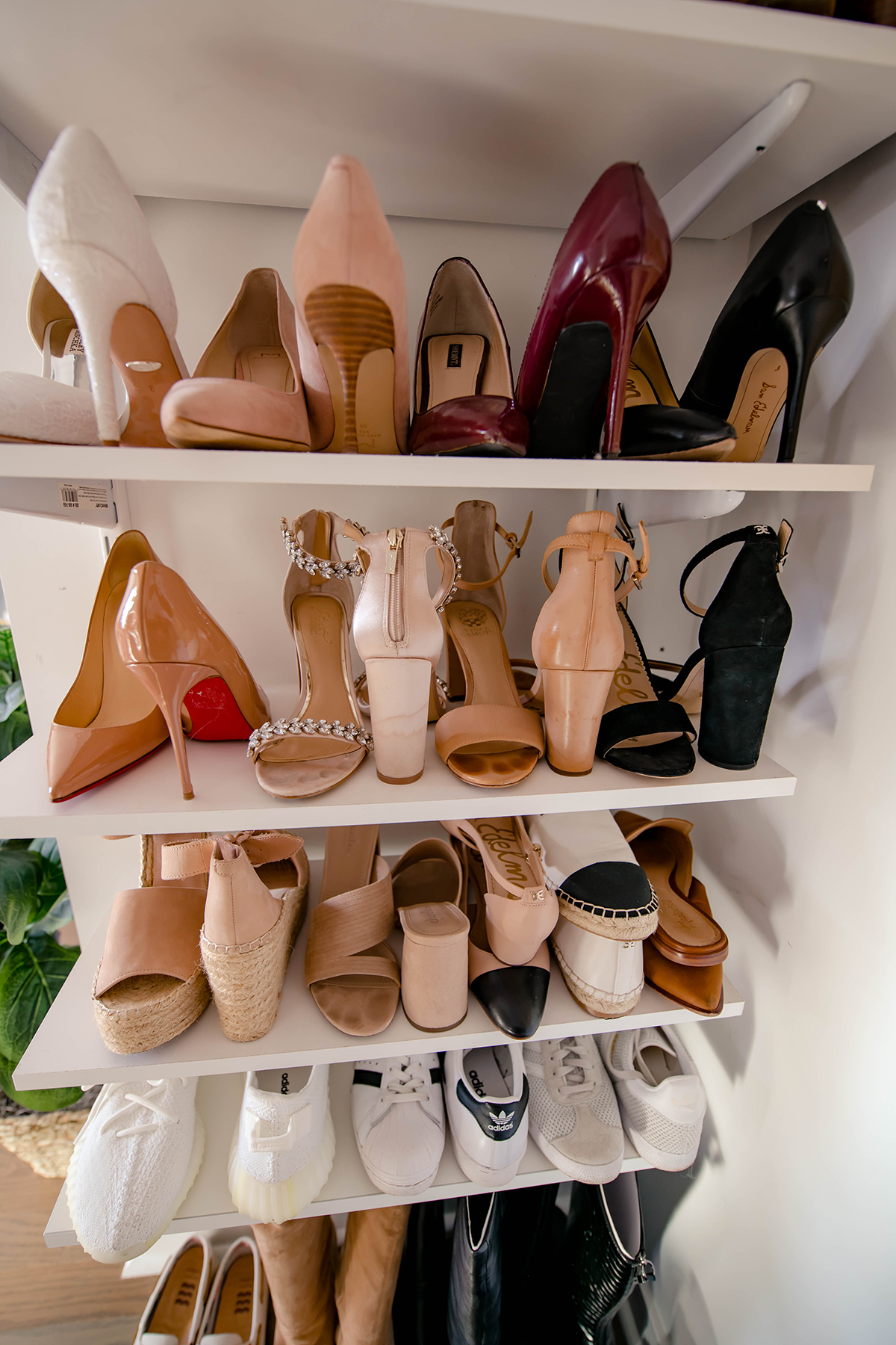 Katies Bliss Shoe Shelves
