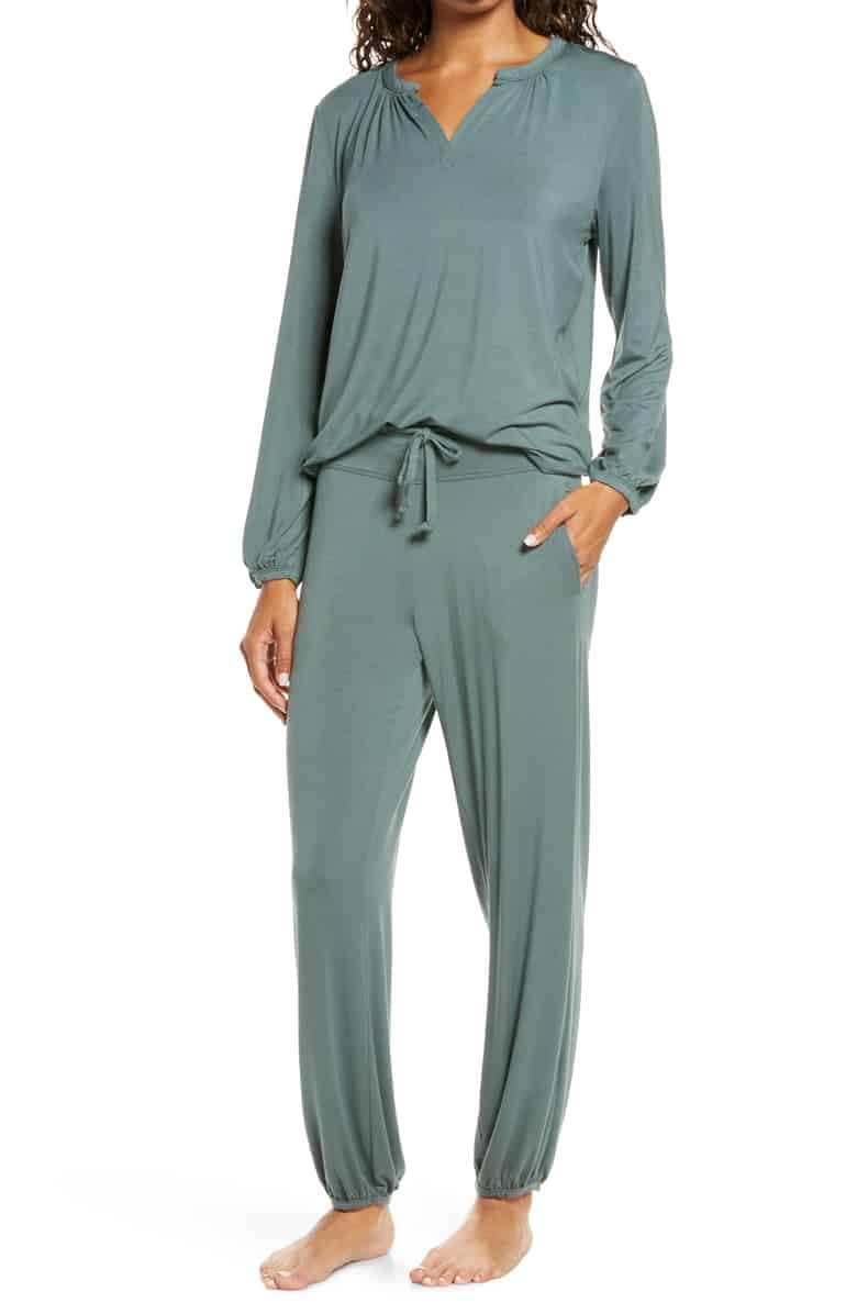 Barefoot Dreams Namaste Two-Piece Lounge Set